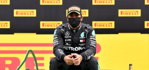 Lewis Hamilton takes dominant Styrian Grand Prix win after Ferraris collide