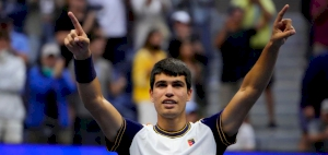 Alcaraz becomes youngest to reach men's quarterfinals at Flushing Meadows