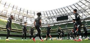 Qatar face Ireland, aim to get back to winning ways